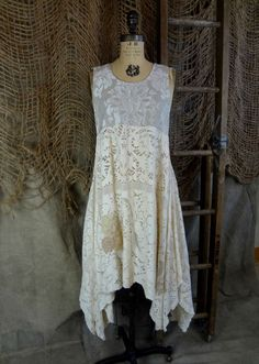 Ivory Lace Tunic. Don't know what to do with that old tablecloth? Now you do!