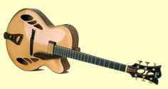 Searching the best luthiers and brands for International Guitar Fair, Seville - September 2013. Preuss Guitars