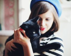 @MacKenzie Whitmer i feel like its a french thing to hug a cat and wear a beret
