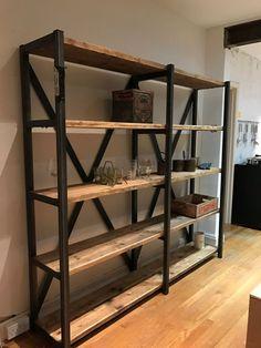 Grande industrial Chic reclamado madera librería estantería