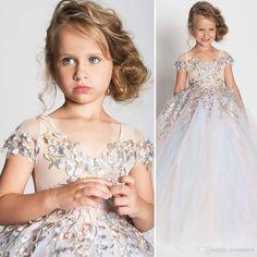 fb4e3701eba  FlowerGirlDresses 2018 New Embroidery Beading Princess Dress Tutu Dress