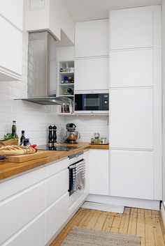 Perfect kitchen ! White white wood counter tops