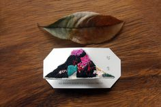 Fuji mountain brooch