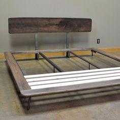 Artículos similares a Kanso cama king size en Etsy Cama Industrial, Industrial Bed Frame, Industrial Style, Welded Furniture, Steel Furniture, Bedroom Furniture, Wood Beds, Metal Beds, Steel Bed Design