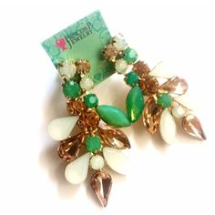 These are beautiful! Cute and stylish Carli earrings!