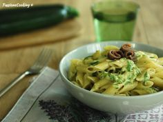 Pasta Salad, Meat, Chicken, Ethnic Recipes, Food, Beef, Meal, Essen, Cold Noodle Salads