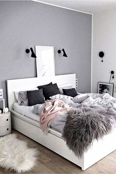 Teen Bedroom Color Ideas - Accent Wall - Teenage Room Makeover on a Budget - cheap and easy DIY teen bedroom makeover ideas to redo a teenage girl& bedroom. Teen Bedroom Colors, Teenage Girl Bedroom Designs, Teenage Room, Teenage Girl Bedrooms, Girls Bedroom, Girl Rooms, Romantic Bedroom Design, Modern Bedroom Design, Romantic Room