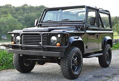 1997 Land Rover Defender Base Sport Utility 2-Door Rare 1 of 215 Beluga Black, Clean Carfax, A/C, Mint Condition, Serviced, Auto