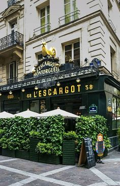 Restaurant L'Escargot, 38 Rue Montorgueil, Paris