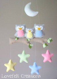 Baby mobile - Owl mobile - Baby crib mobile - Baby mobile owl : Baby mobile Owl mobile Baby crib mobile Baby by lovefeltmobiles Baby Crafts, Felt Crafts, Diy And Crafts, Felt Mobile, Mobile Mobile, Baby Crib Mobile, Felt Baby, Baby Baby, Baby Owls