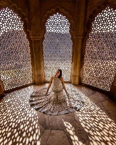 Taxi For Rajasthan Tour 8 Places Covered In 14 Days / 13 Nights World Photography, Travel Photography, Photography Poses, Indian Photography, Jaipur Travel, India Travel, Travel Pose, Travel Vlog, India Architecture