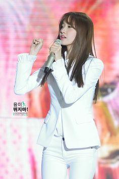 융이 뛰지마! :: 141025 MBC Korean Music Wave in Beijing 2014 PART1 9P