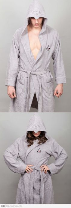Assassin Bathrobe, oh how I want this. #assasin #creed #video_game #ezio #auditore