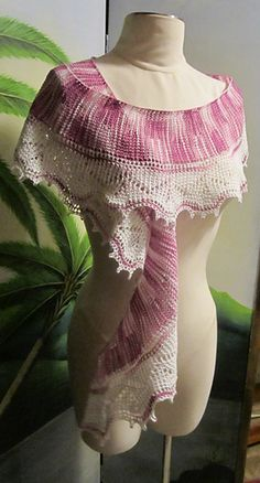 Tunisian lace scarf, Free pattern on Ravelry.