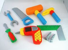 Felt tools. - I really want to make these for Baby Layton.