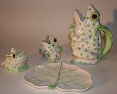 Witty Frog Pitcher Set | Vintage Duds and Decor