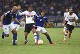 src=Xhttp://s2.glbimg.com/wd3lGqGQzAX1QKDxAslHI-9jnB0=/160x108/smart/s.glbimg.com/es/ge/f/original/2015/05/13/brazil_soccer_copa_li_amar.jpg> São Paulo tem vantagem no confronto com o Cruzeiro. Já nos mata-matas... ]https://glo.bo/2ouORuZ