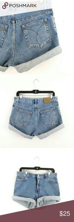 "30% off 2+ Bundle - Classic Calvin Klein Shorts **** 30% off 2+ Bundle**** Really Good Deal!  Waist 31-32"" Hip 42-43""  I ship Mon/Wed/Fri Calvin Klein Shorts Jean Shorts"