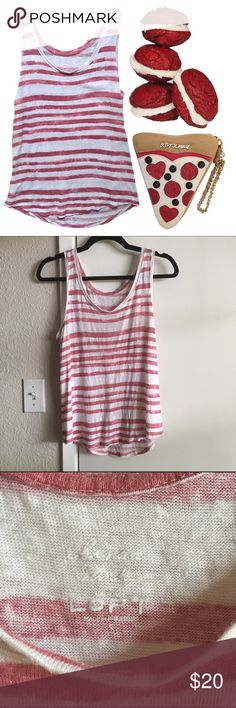 Loft Misty linen tee 🍩 Great condition!  🍩 Beautiful linen tank with a cool, casual feel!  🍩 Ask for bundle deals, discounts, and more info on any listing! LOFT Tops Tank Tops