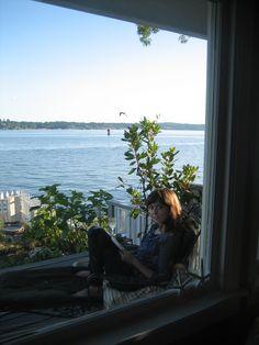 Alex at Shore Drive. Humble Abode, Seaside, Beach, Coast
