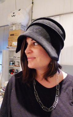 Here is Jane D'Arensbourg wearing the coquettish cloche she made (and also wearing some of her beautiful glass jewelry! http://jasminzorlu.blogspot.com/2011/05/jane-darensbourg-hosts-freeform-hat.html