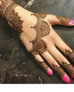 Henna Tattoo Designs Simple, Finger Henna Designs, Full Hand Mehndi Designs, Henna Art Designs, Modern Mehndi Designs, Mehndi Design Pictures, Mehndi Designs For Beginners, Mehndi Designs For Girls, Mehndi Designs For Fingers