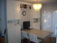 """Michael comes up with a neat solution for his small dining area. Great use of space.""""The kitchen in our new house was too small,"""" says Michael, """"so we converted"""