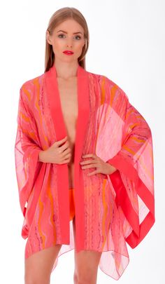 The Eleuthera 100% silk kimono by Liz Nehdi is perfect for coral lovers