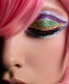 Glitter Makeup #makeups, #glitters, #beauty, #maquillage
