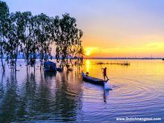 Majesty scenery of An Giang, Vietnam (Hoàng hôn trên cánh đồng đầy nước) Beautiful Vietnam, Eastern Countries, Natural Beauty, Sunrise, Tours, World, Nature, Photography, Outdoor