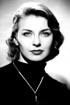 Joanne Woodward (February 27, 1930)After winning the Academy Award for The Three Faces of Eve in 1957, the Georgia-born actress married Paul Newman and went on to star in 10 movies with her husband of 50 years, including The Long Hot Summer (1958).  #refinery29 http://www.refinery29.com/old-hollywood-actresses#slide-31