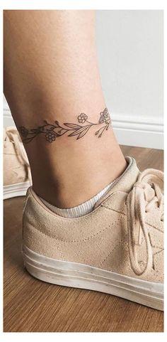 Little Tattoos, Mini Tattoos, Foot Tattoos, Body Art Tattoos, Tatoos, Chicano Tattoos, White Tattoos, Arrow Tattoos, Pretty Tattoos