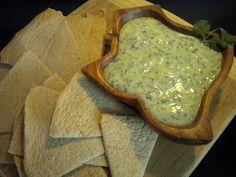Pinch, Dash and Sprinkle: Creamy Cilantro Dip - Copycat of Mamacita's green sauce