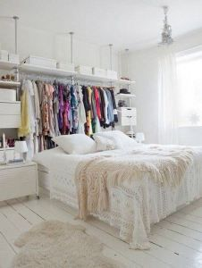 Creative Way To Create Exposed Closet Space. Good for small spaces! Apartment Design, Apartment Living, Apartment Therapy, Apartment Layout, Apartment Ideas, Apartment Bedrooms, York Apartment, Studio Apartment Storage, Tiny Apartment Decorating