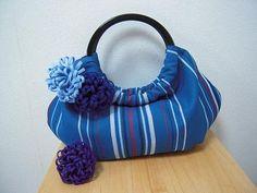 ブルー縞のバッグ   ShareArt