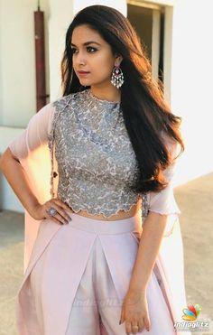 Latest stills of actress Keerthy Suresh. Indian Actress Photos, South Indian Actress, Indian Actresses, South Actress, Most Beautiful Indian Actress, Beautiful Actresses, Sonam Kapoor, Deepika Padukone, Heroine Photos