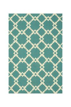 Indoor/Outdoor Rug in Turquoise/Ivory