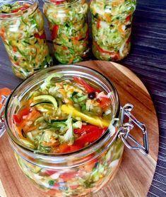 Sałatka z cukini Chutney, Scooby Snacks, Pots, Cooking Recipes, Healthy Recipes, Meals In A Jar, Polish Recipes, Tzatziki, Coleslaw