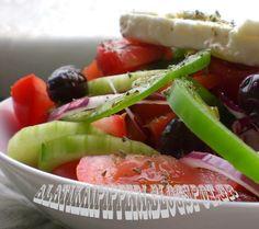 Χωριάτικη παραδοσιακή σαλάτα