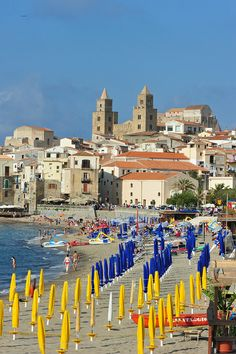 Cefalù, Sicily, Italy - I was just there! Cool Places To Visit, Places To Travel, Italy Destinations, Sicily Italy, Southern Italy, Visit Italy, Sardinia, Italy Travel, Strand