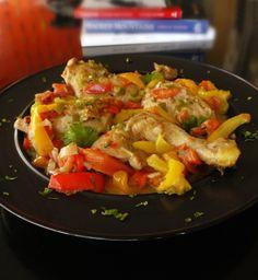 κοτόπουλο με πιπεριες Kung Pao Chicken, Recipies, Greek, Pork, Ethnic Recipes, Kitchens, Recipes, Kale Stir Fry, Rezepte