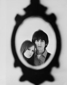 George Harrison And His Wife Patti Boyd Photograph by Keystone-france George Harrison Pattie Boyd, Music Genius, Les Beatles, Beatles Photos, Wattpad, The Fab Four, Celebrity Portraits, Old Soul, Cultural