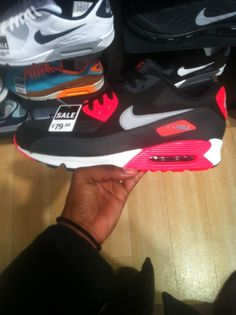 Black/pink/gray/white airmax