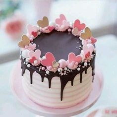 Pretty Cakes, Cute Cakes, Beautiful Cakes, Amazing Cakes, Fancy Cakes, Mini Cakes, Cupcake Cakes, Baking Cupcakes, Cake Baking