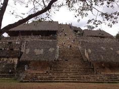 Zona Arqueológica Ek Balam paikassa Yucatán
