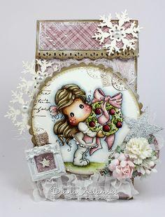 Live & Love Crafts' Inspiration and Challenge Blog: Christmas Paper Bag & Christmas Break!