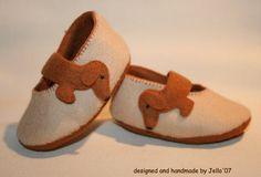 Jello'07 felt baby shoes 'Dachshund' by jello07 on Etsy, $34.00  @Sally Rogers  So stinking cute!!