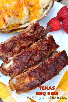 Delectable old-fashioned Texas barbecue-style ribs. These ribs are baked in the oven with sliced lemons and diced onions then slathered with a tasty barbecue sauce. This recipe is gluten free. Best Bbq Ribs, Texas Bbq, Homemade Bbq, Spare Ribs, Barbecue Sauce, Chicken Recipes, Spicy, Bacon, Dinner Recipes