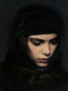 Rahi Rezvani(Iranian born but Dutch resident painter 1978~)