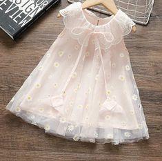 Baby Girl Fashion, Kids Fashion, Kids Frocks, Sewing Dolls, Cute Outfits For Kids, Little Girl Dresses, Summer Girls, Kids Wear, Baby Dress